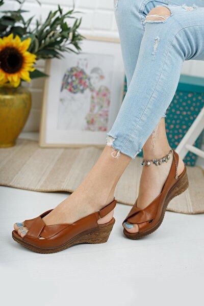 Hakiki Deri Kadın Dolgu Topuk Sandalet