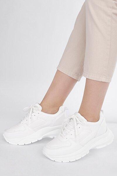 Kadın Beyaz Sneaker Dolgu Topuk Spor Ayakkabı Besri