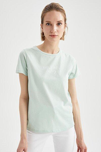 Kadın Turkuaz Slogan Baskılı Relax Fit Kısa Kollu Tişört