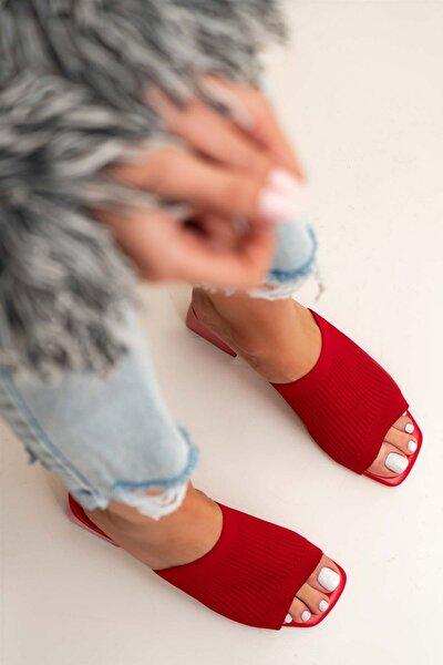 Kadın Kırmızı Tek Bant Triko Topuklu Günlük Terlik