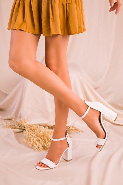 Beyaz Kadın Klasik Topuklu Ayakkabı 15976