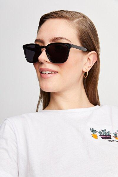 Basic Tasarım Siyah Kadın Güneş Gözlüğü Apsp045600