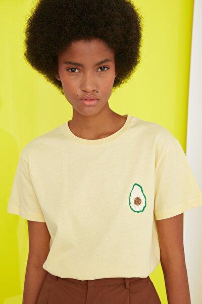 Sarı Semifitted Baskılı Örme T-Shirt TWOSS21TS0338