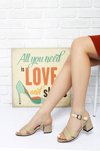 Kadın Hasır Çapraz Bantlı Topuklu Sandalet