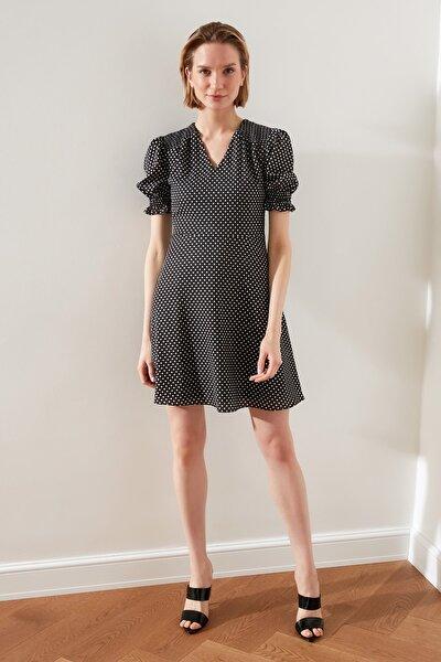 Çok Renkli Puantiyeli Elbise TWOSS20EL1553