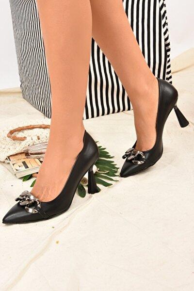 Siyah Zincirli Kadın Topuklu Ayakkabı K922116509