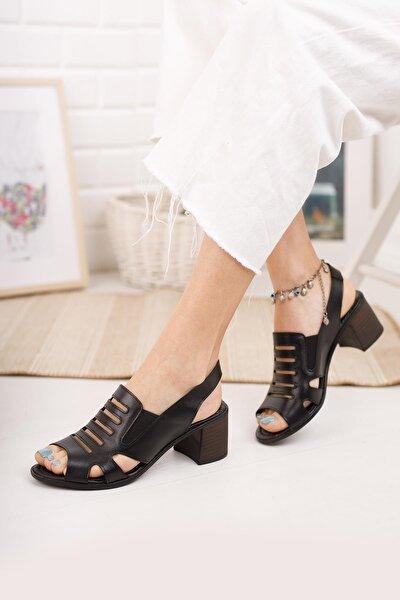 Kadın Siyah Hakiki Deri Topuklu Sandalet