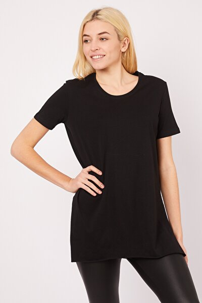 Kadın Siyah Bisiklet Yaka Yırtmaçlı T-shirt