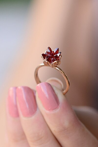 14k Rose Altın Kaplama Kırmızı Zirkon Taşlı Lotus Çiçeği Kadın Yüzük