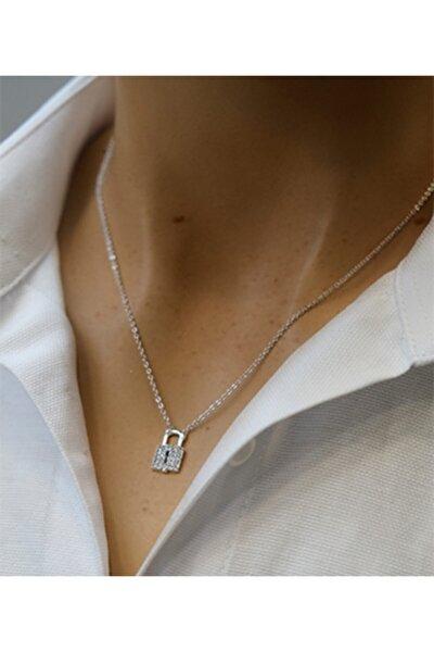 Kadın Zirkon Taşlı Kilit Figürlü Gümüş Renkli Kolyegümüş