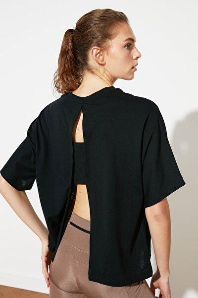 Siyah Sırt Dekolteli Spor T-Shirt TWOSS21TS0977