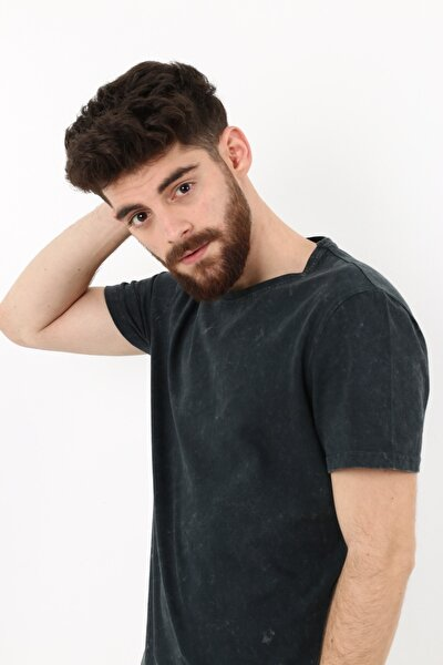 Asit Yıkama Efektli Slim Fit T-shirt