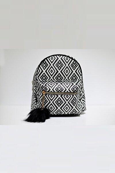 Kadın Siyah Beyaz Desenli Sırt Çanta