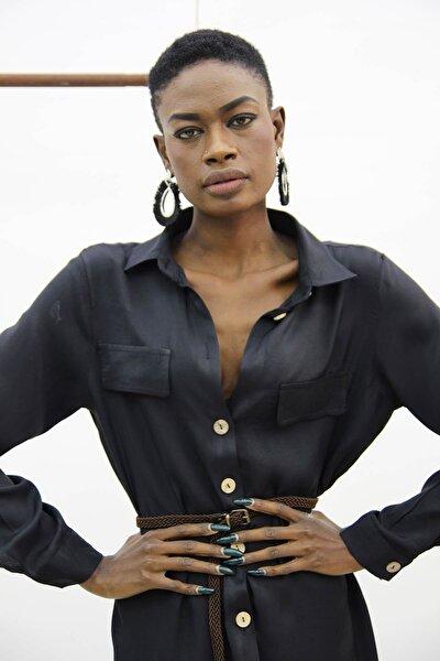 Kadın Siyah Eteği Yırtmaçlı Gömlek Elbise