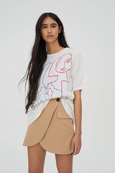 Kadın Buz Rengi Kadınlar Günü Tasarımlı Beyaz T-Shirt 04241315