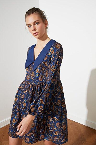 Çok Renkli Yaka Detaylı Elbise TWOSS21EL0513