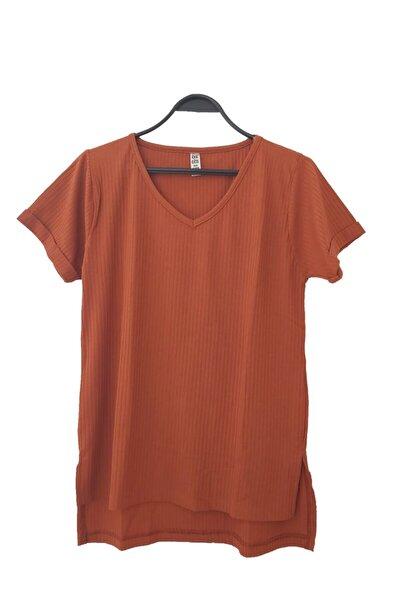 Kadın Kiremit Renk Şeritli Yırtmaçlı Tişört