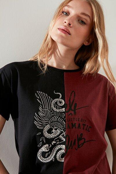 Çok Renkli Baskılı Semifitted Örme T-Shirt TWOSS21TS1854