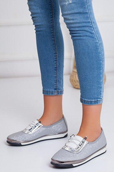 Parlak Elastik Bağcıklı Gümüş Kadın Gündelik Ayakkabı