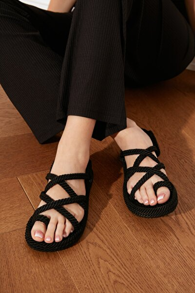 Siyah Hasır Halat İpli Kadın Sandalet TAKSS21SD0002