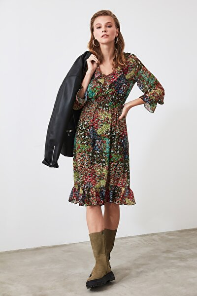 Çok Renkli Fırfır Detaylı Elbise TCLAW19EH0143