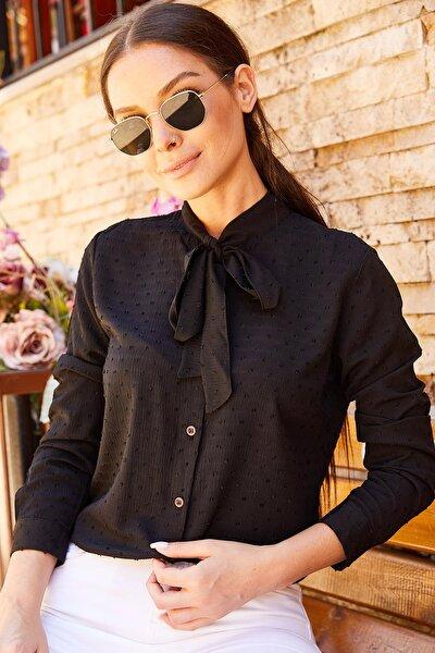 Kadın Siyah Yakası Bağlamalı Desenli Gömlek Arm-20K001150
