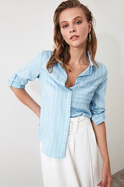 Mavi Cep Detaylı Gömlek TWOSS19ST0062
