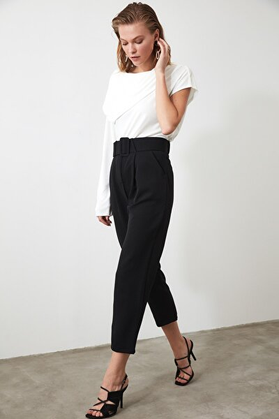 Siyah Kemerli  Pileli Havuç Pantolon TWOSS19BB0468
