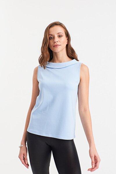 Açık Mavi Kolsuz Bluz