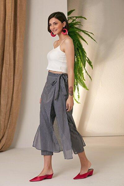 Kadın Lacıvert Çizgili Etek Pantolon
