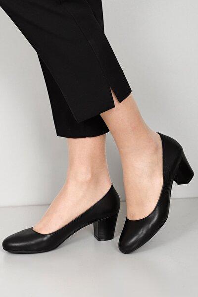 Hakiki Deri Siyah Kadın Klasik Topuklu Ayakkabı 77164