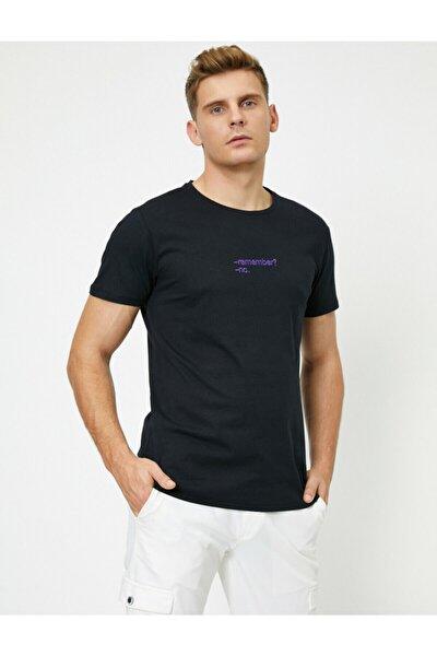 Erkek Siyah Kısa Kollu Bisiklet Yaka Yazili T-shirt