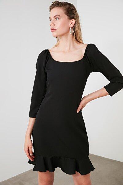 Siyah Volanlı Elbise TWOAW21EL0515