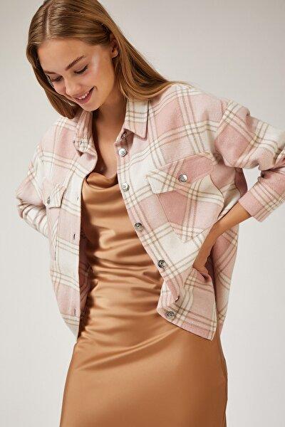Kadın Canlı Pembe Kareli Yünlü Ceket Gömlek DD00744