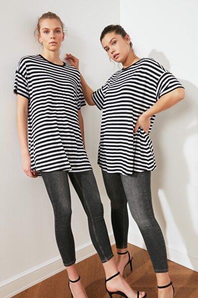 Siyah Çizgili Salaş Örme Bluz TWOSS21BZ0925