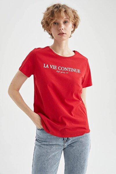 Kadın Kırmızı Regular Fit Yazı Baskılı Kısa Kol T-Shirt