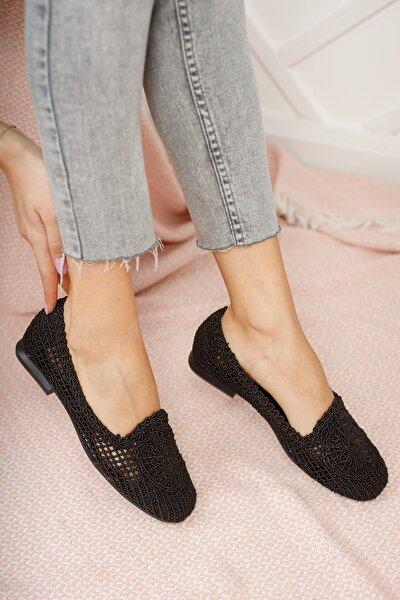 Kadın Siyah Dantelli Günlük Ayakkabı Md1062-111-0001