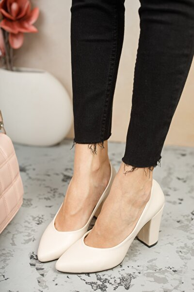 W707 Anne Topuklu Ayakkabı