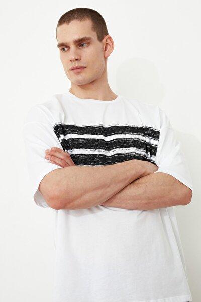 Beyaz Erkek Kısa Kollu Baskılı Oversize T-Shirt TMNSS21TS1090