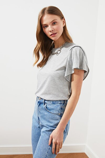 Gri Volanlı Basic Örme T-Shirt TWOSS21TS0650