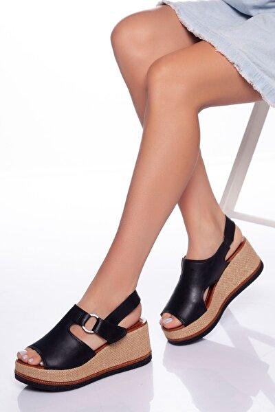 Kadın Siyah Dolgu Topuklu Ayakkabı