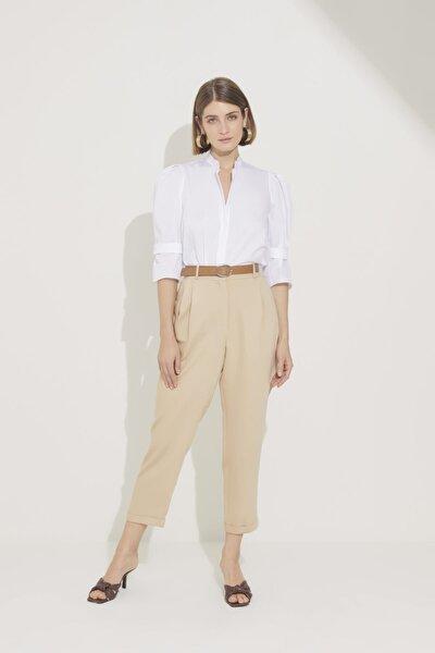 Kadın Bej Kemerli Pileli Pantolon