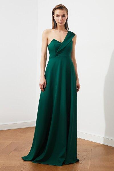 Zümrüt Yeşili Yaka Detaylı Abiye Elbise TPRSS19UT0054
