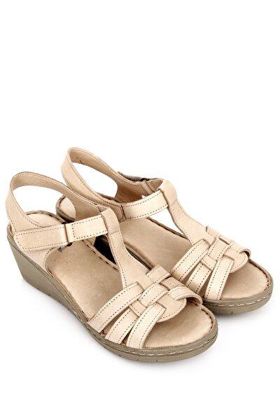 Hakiki Deri Bej Antik Kadın Sandalet 45812