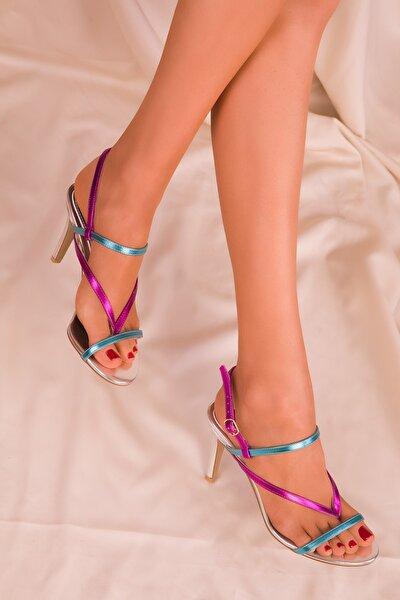 Gümüş Renkli  Kadın Klasik Topuklu Ayakkabı 16069