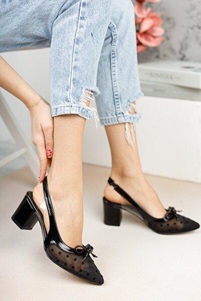 Kadın Siyah Puantiyeli Ayakkabı