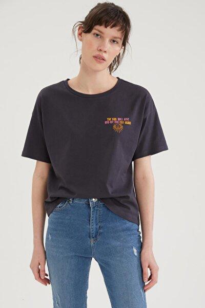 Coool Önü Ve Sırtı Mistik Baskılı Relax Fit Tişört