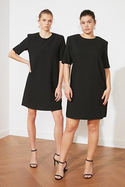Siyah Vatkalı Elbise TWOSS21EL1481