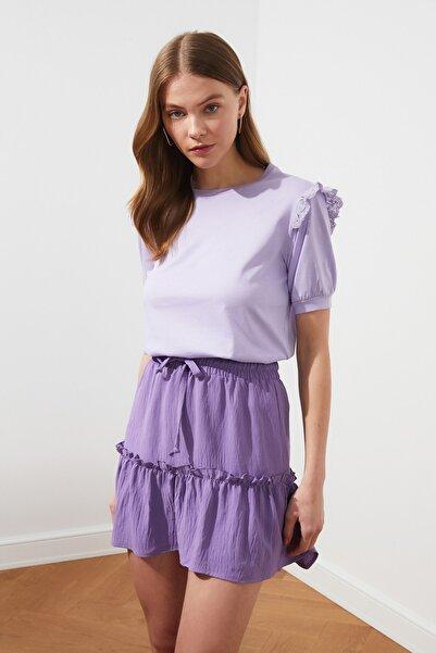 Lila Brode Detaylı Basic Örme T-Shirt TWOSS21TS0663