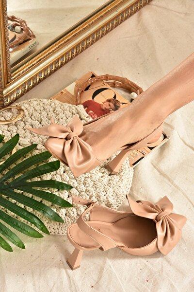 Kadın Topuklu Ayakkabı Ten Kurdele Detaylı  K922164809